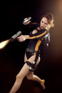 lara_croft_tomb_raider_underworld_wetsuit_diving_by_milla_s-d87q3sf